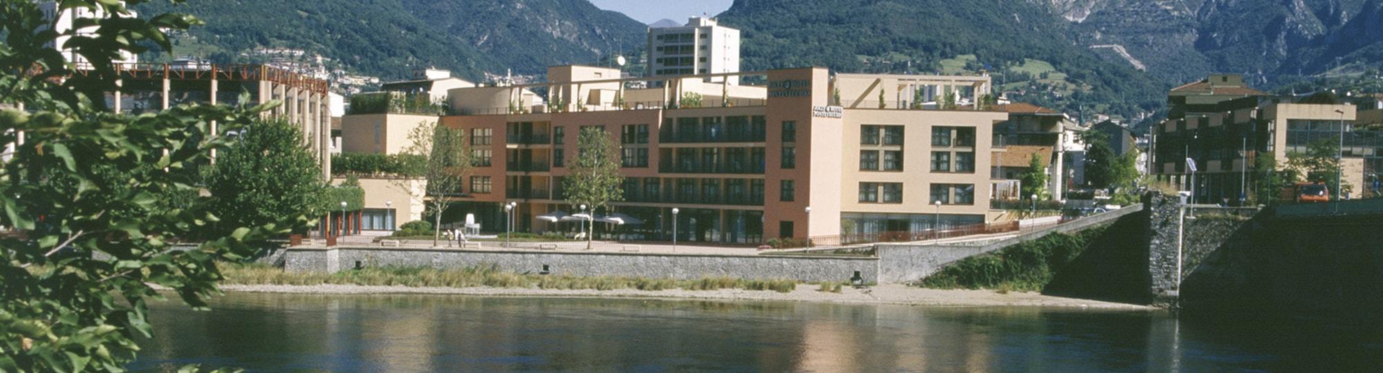 Vue de l'hotel Hotel NH Lecco Pontevecchio 4* à Lecco
