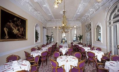 Restaurant de l'Hôtel à l'hôtel Grand Hotel Victoria 4*