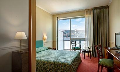 Des Chambres Feutrées à l'hôtel Hotel Barchetta Excelsior 4*