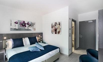 Des Chambres Modernes et Spacieuses à l'hôtel Seven Park Hotel 4*