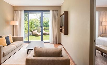 Des Suites Spacieuses et Elegantes à l'hôtel Sheraton Lake Como 4*