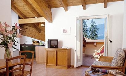 Des Appartements Spacieux à Deux Pas de la Villa Serbelloni à l'hôtel Residence l'Ulivo Apartments 4*