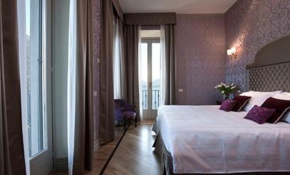 Des Chambres Raffinées à l'hôtel Villa Flori 4*